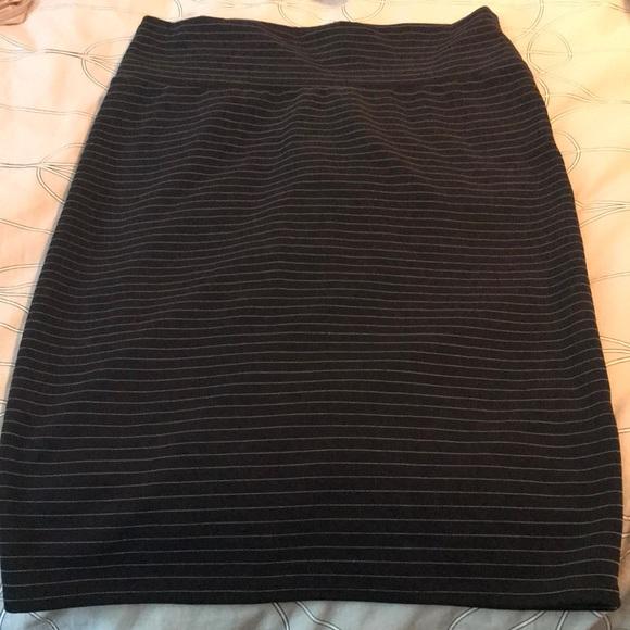 7e575f261ba LuLaRoe Dresses   Skirts - Lularoe XL Cassie